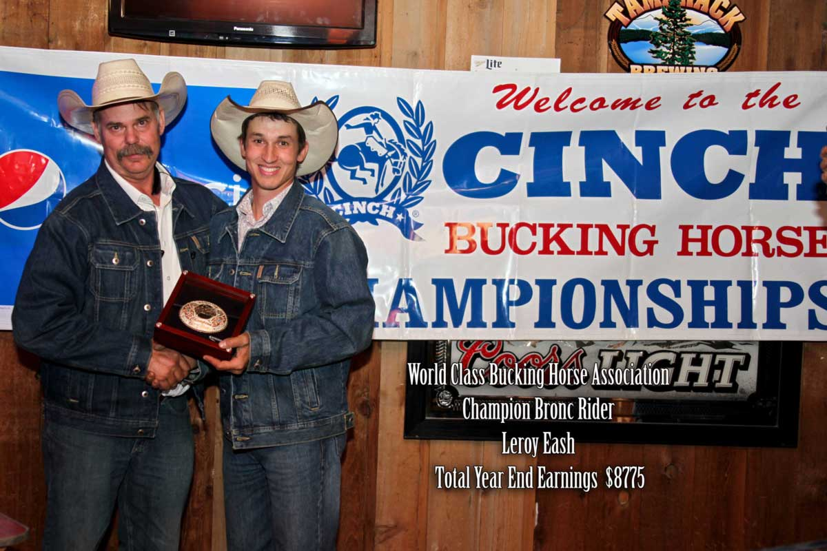 cinch-world-class-bucking-horse-championship-2014-awards-leroy-eash